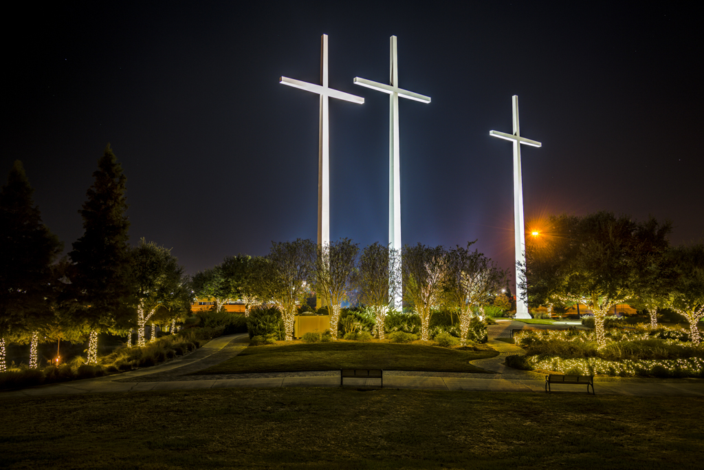 Baton Rouge 39 S Crosses Stand Guard